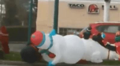 snowmen fighting